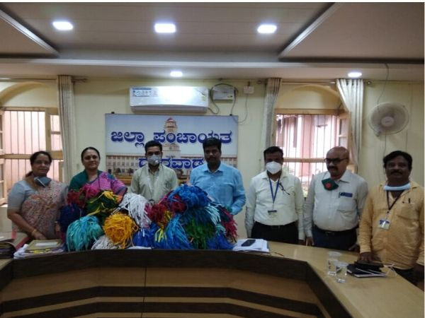 Deshpande Foundation delivers 5,000 face masks to Zilla Parishad offices